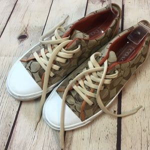 "Coach Signature C Khaki Color ""Barrett"" Size 7"